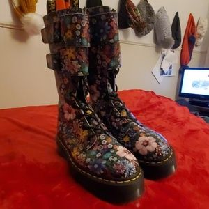 Dr Martens Jagger Wanderlust tall platform boots